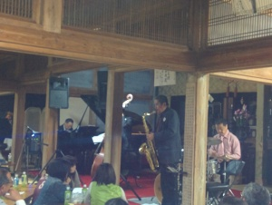 a little jazz concert in a temple